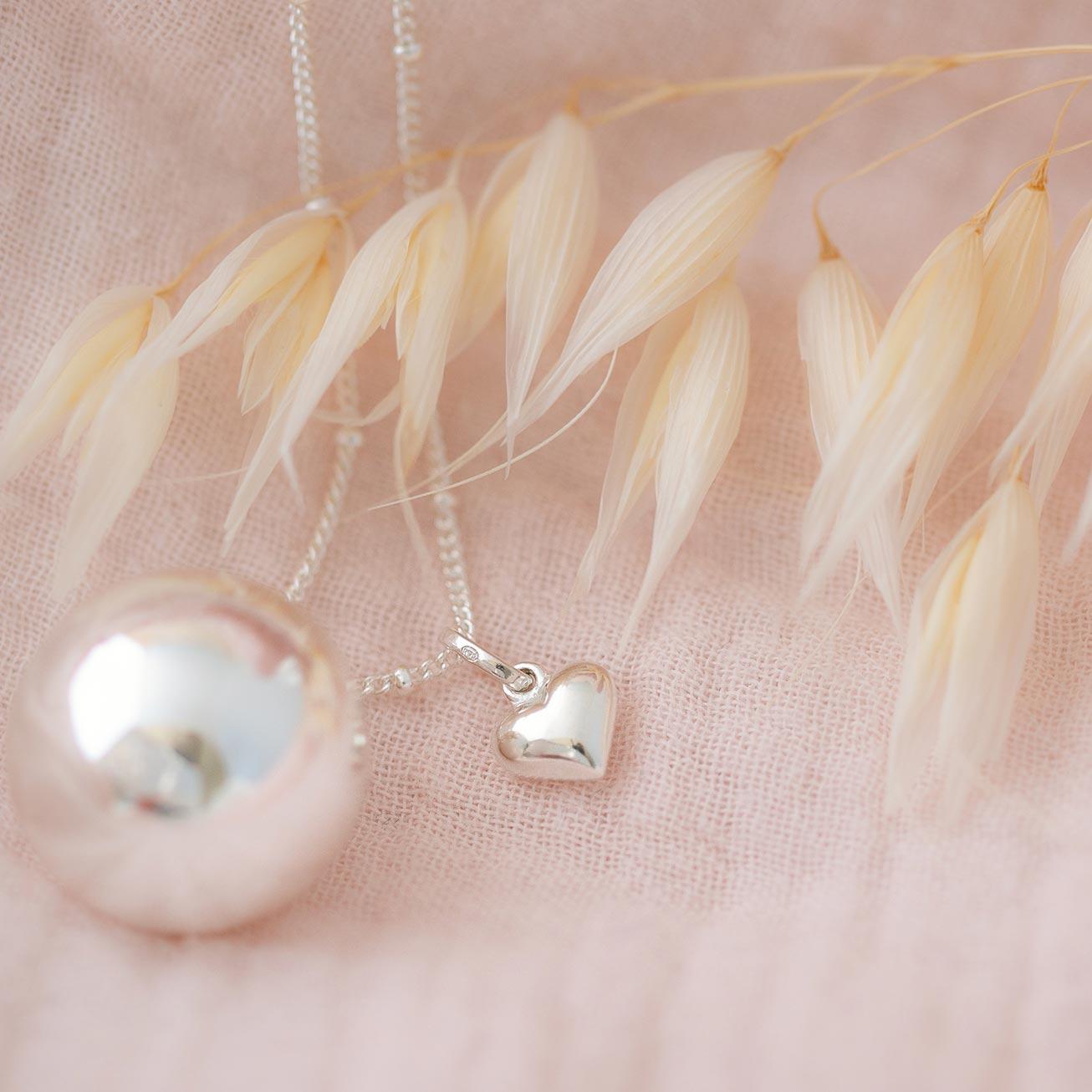 Chiama angeli cuore di Maria argento